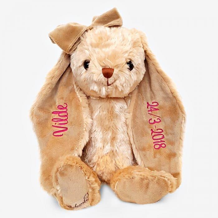 Brun kanin mjukisdjur med namn