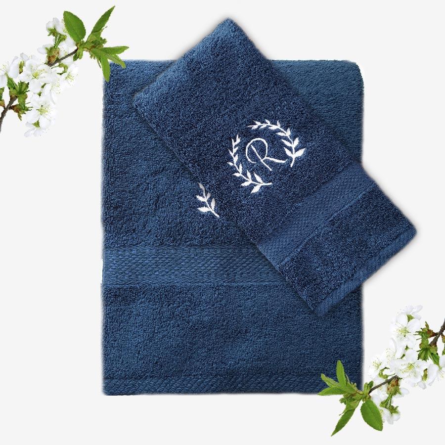 Marinblå handduk med namn - Broderad med egen text - TeddyPost 20ca530569bbb