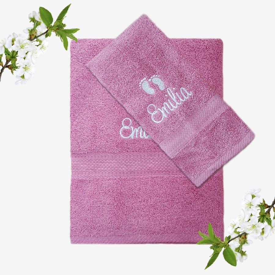 Rosa handduk för nyfödd med namnbrodyr